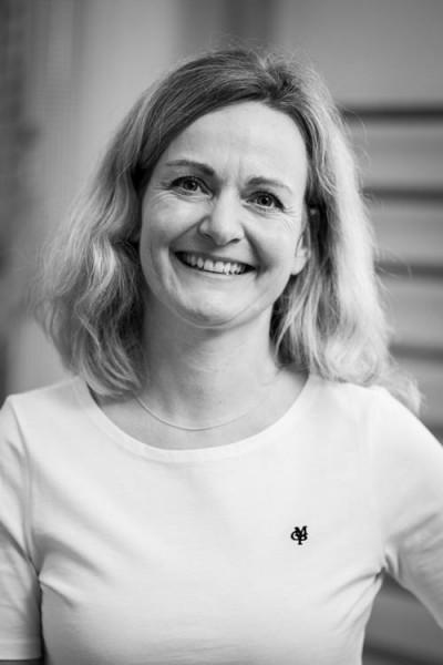Physiotherapeutin, Expertin für Manuelle Therapie, Kiefergelenksbehandlung Bobath für Erwachsene